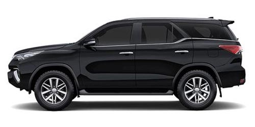Toyota Fortuner Rent a car Baku from RENTEKS company