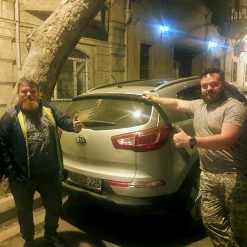 Vladimir Xarin və Vitaliy Suslov (Rusiya) / arenda masinlar / avtomobil kirayesi